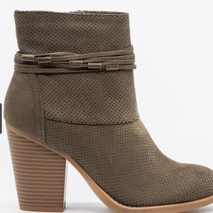 Chic Pinhole Fashion Booties ANKLE BOOTS SUEDE